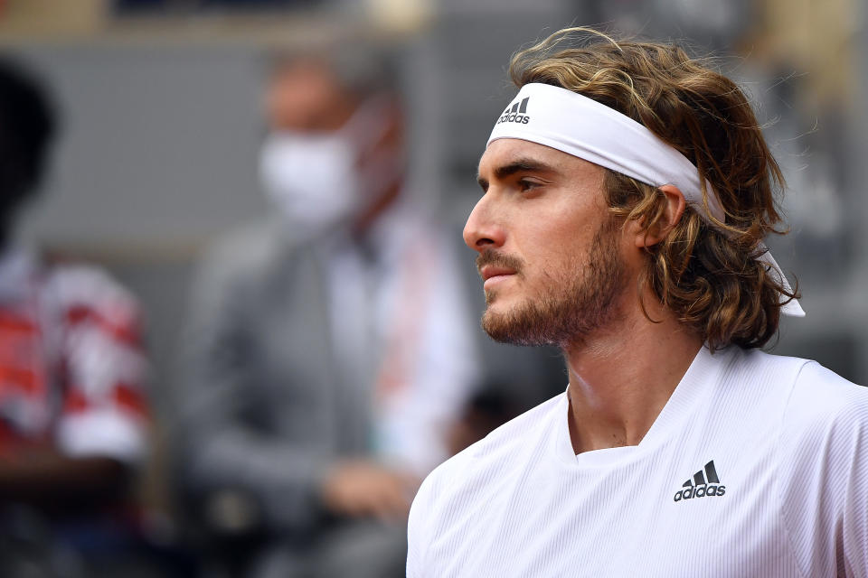 Stefanos Tsitsipas advanced to the quarterfinals at the French Open.