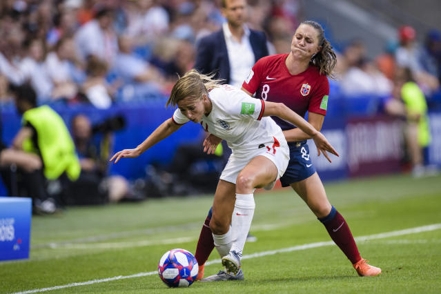 Vilde Boe Risa of Norway (R) fights for the ball with Toni Duggan of England (L) during the 2019 FIFA Women's World Cup France Quarter Final match between Norway and England at on June 27, 2019 in Le Havre, France. (Photo by Marcio Machado/Getty Images)