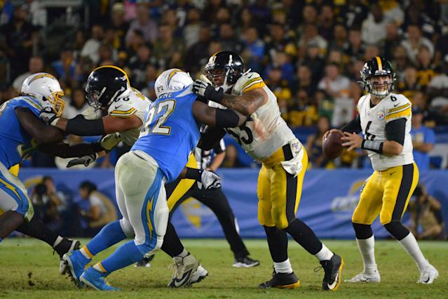 Sunday Morning Joe: Steelers Offensive Line Has Stayed Consistent Through Challenges