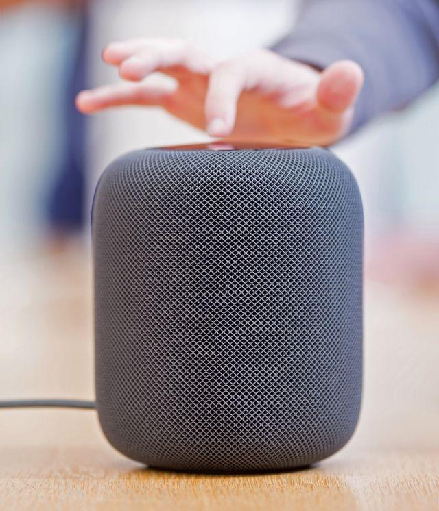 Apple Advises Users Not To Put The HomePod On Wooden Furniture