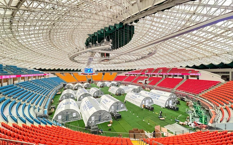 Temporary laboratories for nucleic acid testing are set up at Guangzhou Gymnasium in Guangzhou, Guangdong Province - Chen Jimin/China News Service