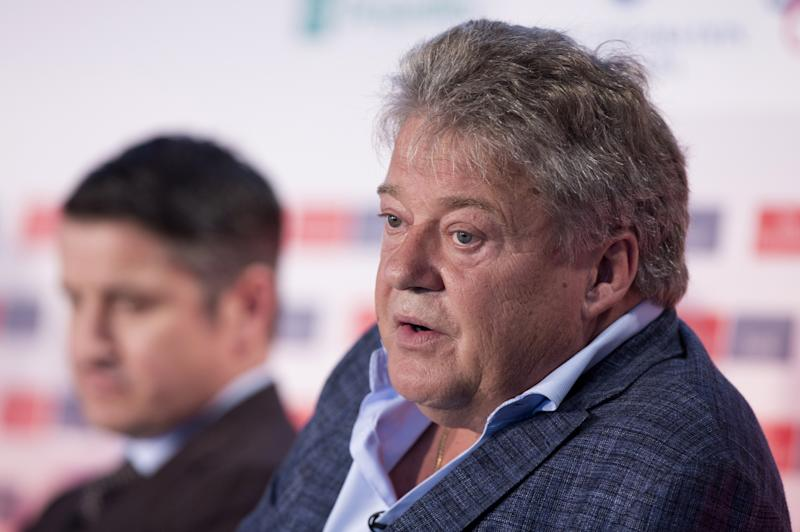 Aphria chief executive and co-founder stepping aside from executive roles