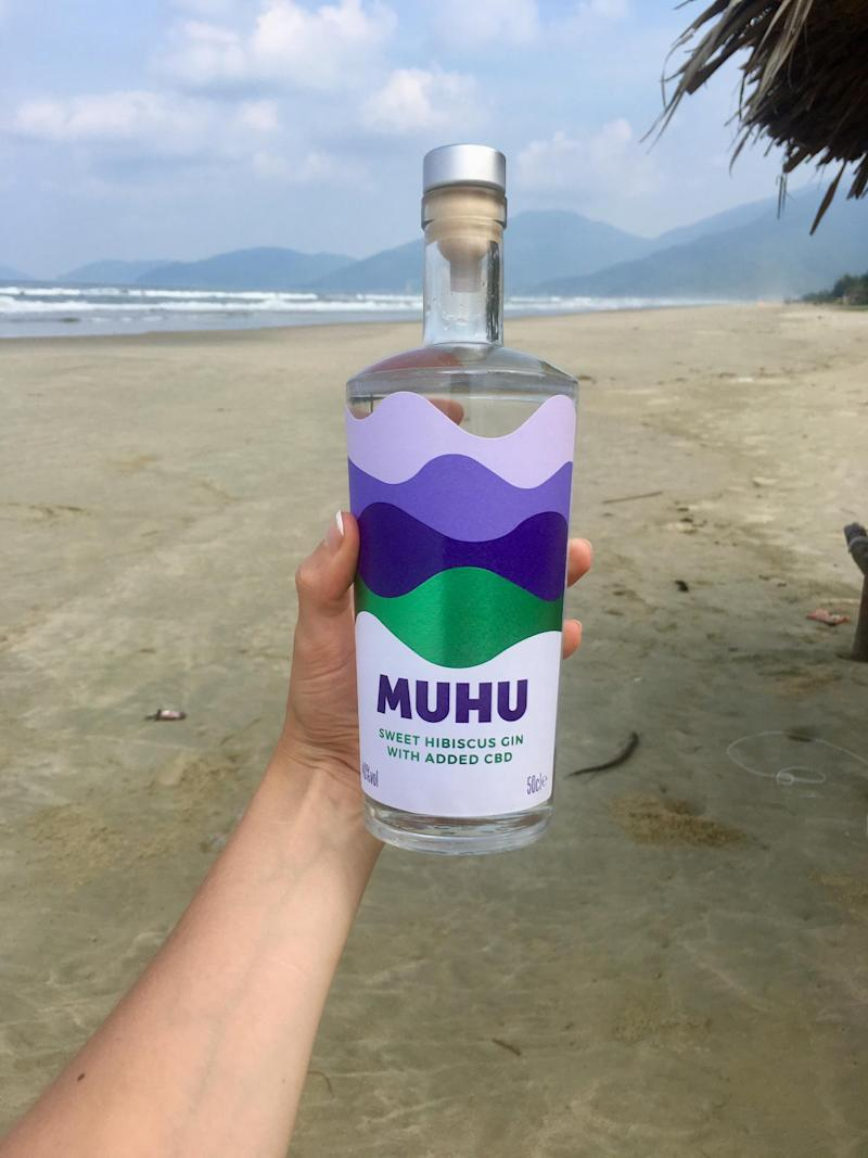 The drink is clear in colour (MUHU)