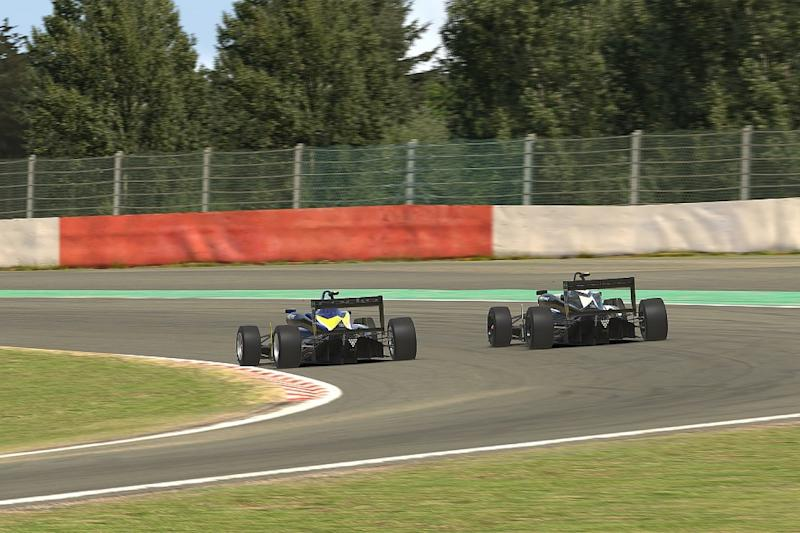Hoggard takes BRDC Esports points lead with win