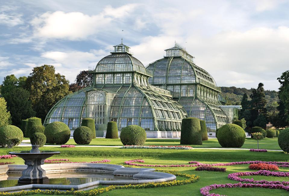 After the glass palace boom in England, the European continent joined the trend with works like the Schönbrunn Palace Park conservatory in Vienna, completed in 1882.