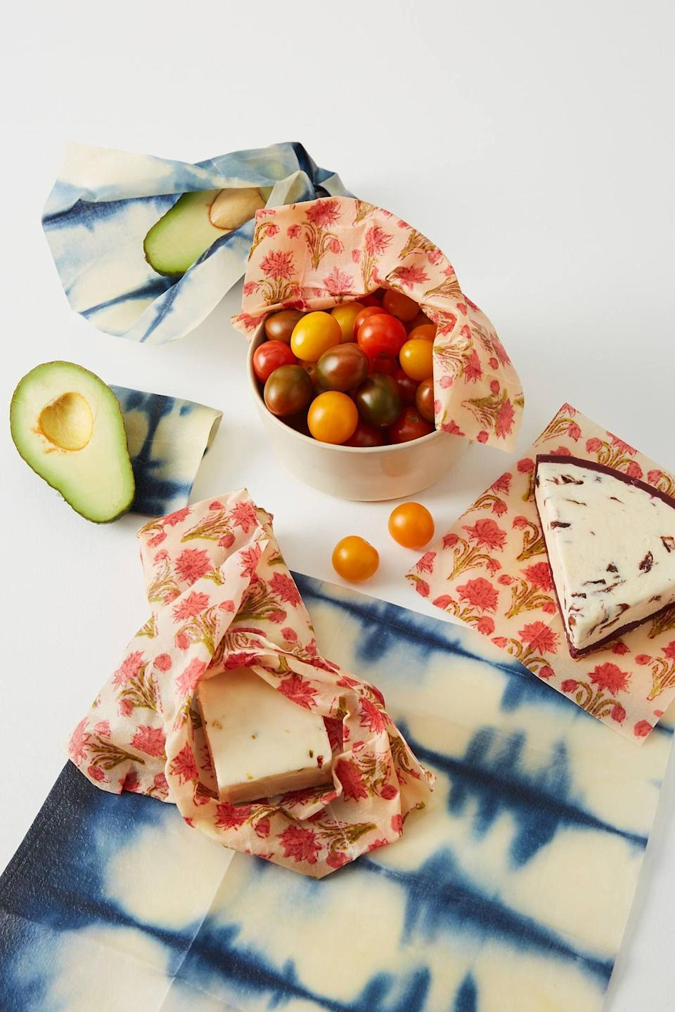 """<p><strong>Bee Kitchen Anthropologie</strong></p><p>anthropologie.com</p><p><strong>$24.00</strong></p><p><a href=""""https://go.redirectingat.com?id=74968X1596630&url=https%3A%2F%2Fwww.anthropologie.com%2Fshop%2Fbee-kitchen-beeswax-wraps-set-of-3&sref=https%3A%2F%2Fwww.countryliving.com%2Fshopping%2Fgifts%2Fnews%2Fg4859%2Fbest-friend-gifts%2F"""" rel=""""nofollow noopener"""" target=""""_blank"""" data-ylk=""""slk:Shop Now"""" class=""""link rapid-noclick-resp"""">Shop Now</a></p><p>If your friend loves to entertain, these eco-friendly reusable wraps are perfect for veggies and leftovers and will keep food fresher for longer. </p>"""