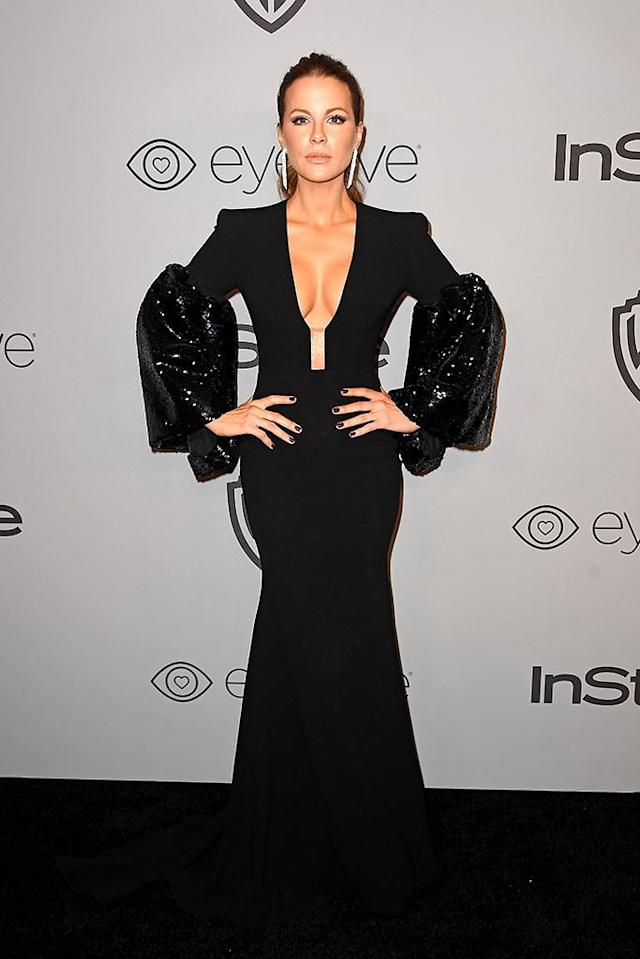 <p>Kate Beckinsale attends the InStyle and Warner Bros. party. (Photo: Frazer Harrison/Getty Images) </p>