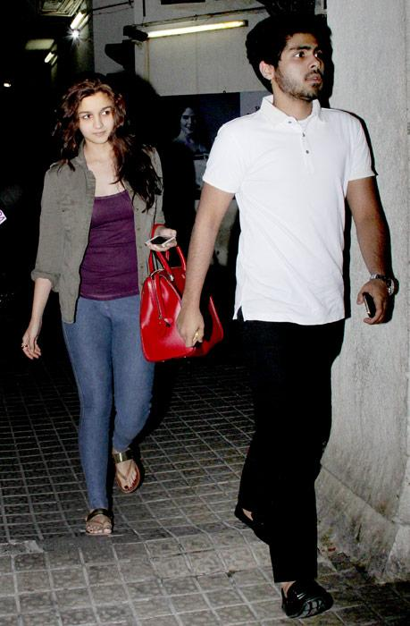 Alia is just one movie old, but she has a lot of fan following and we love to follow her too