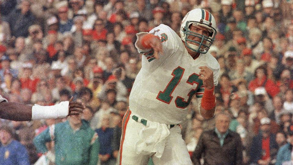 Mandatory Credit: Photo by Anonymous/AP/Shutterstock (6577863b)Dan Marino, Miami Dolphins' quarterback, is shown in action during the Super Bowl XIX, against the 49ers in Palo Alto, CaliforniaSuper Bowl Marino 1985, Palo Alto, USA.