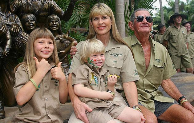 Bindi pictured with her mother, Terri, brother, Robert, and grandfather, Bob, in 2007. Photo: Getty Images.