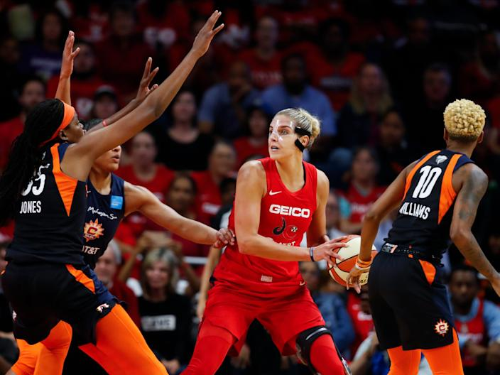 Elena Delle Donne surrounded by Connecticut Suns defenders during the 2019 WNBA Finals.