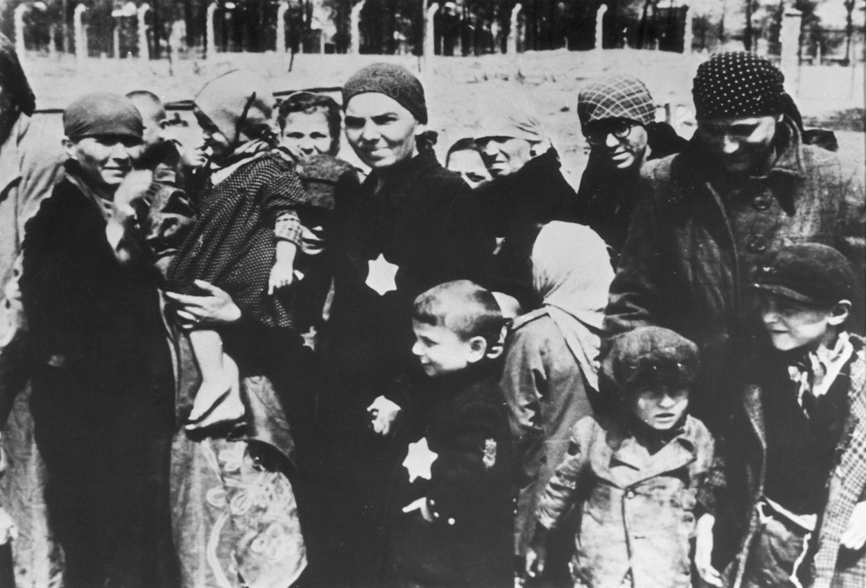 """<span class=""""s1"""">Jewish women and children at Auschwitz concentration camp in 1943. (Photo: Hulton Archive/Getty Images)</span>"""