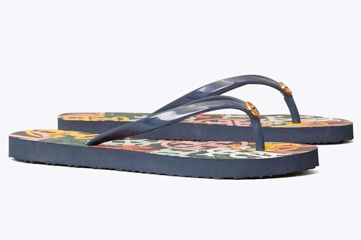 tory burch, flip flops, sandals, blue