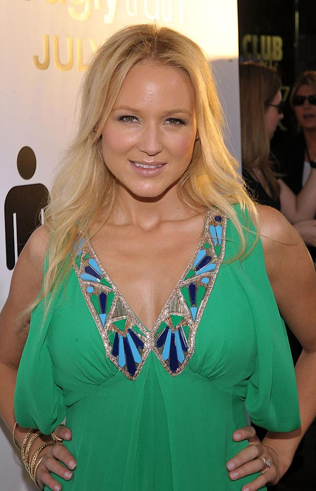 """<a href=""""http://movies.yahoo.com/movie/contributor/1800351646"""">Jewel</a> at the Los Angeles premiere of <a href=""""http://movies.yahoo.com/movie/1810021980/info"""">The Ugly Truth</a> - 07/16/2009"""