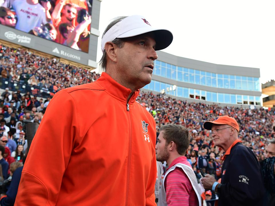 AUBURN, AL - NOVEMBER 16: Auburn Tigers Defensive Coordinator Kevin Steele before the game between the Georgia Bulldogs and the Auburn Tigers on November 16, 2019, at Jordan-Hare Stadium in Auburn, AL. (Photo by Jeffrey Vest/Icon Sportswire via Getty Images)