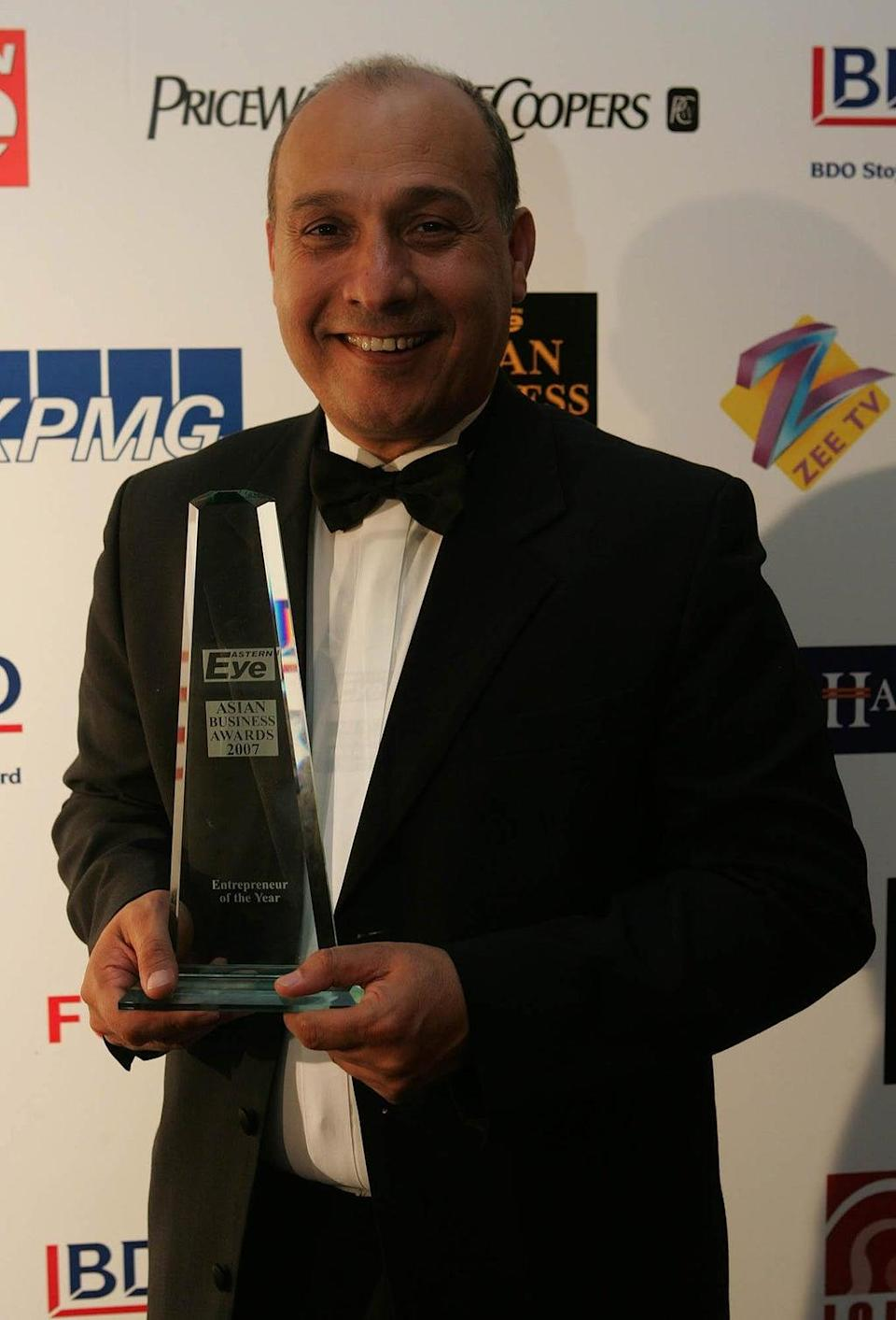 Surinder Arora is pictured winning KPMG Entrepreneur of the Year at the Asian Business Awards 2007 (Cathal McNaughton/PA) (PA Archive)