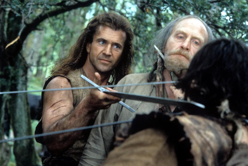Mel Gibson and James Cosmo in a scene from the film 'Braveheart', 1995. (Photo by 20th Century-Fox/Getty Images)