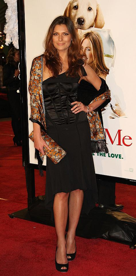 "Julia Kurbatova at the Los Angeles premiere of <a href=""http://movies.yahoo.com/movie/1809995057/info"">Marley & Me</a> - 12/11/2008"