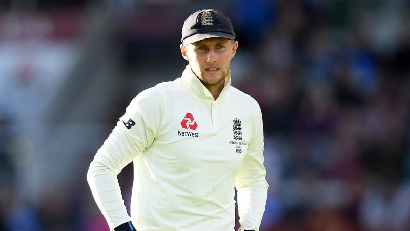 Ricky Ponting was baffled at Joe Root and England's tactics after tea on Day Four. (Getty Images)