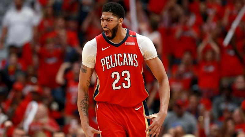 Anthony Davis Leaves Agent, Is Considering Signing to Klutch Sports