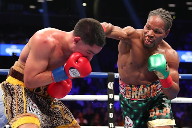 "<a href=""https://sports.yahoo.com/shawn-porter-pressure-career-defining-win-vs-danny-garcia-184550453.html"" data-ylk=""slk:Shawn Porter;outcm:mb_qualified_link;_E:mb_qualified_link"" class=""link rapid-noclick-resp"">Shawn Porter</a> (R) lands a right hand against Danny Garcia at Barclays Center on Sept. 8, 2018 in the Brooklyn borough of New York City. (Getty Images)"