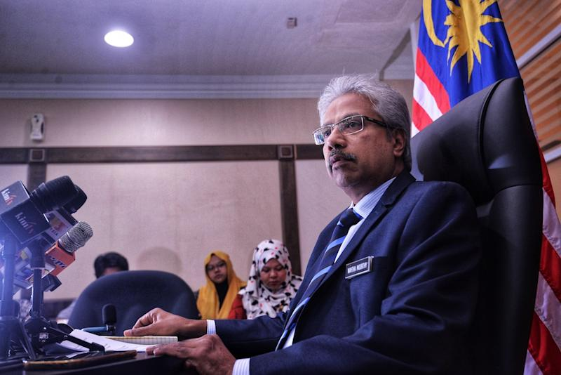National Unity and Social Wellbeing Minister P. Waytha Moorthy speaks to reporters at Kompleks Perdana Putra in Putrajaya April 24, 2019. — Picture by Shafwan Zaidon