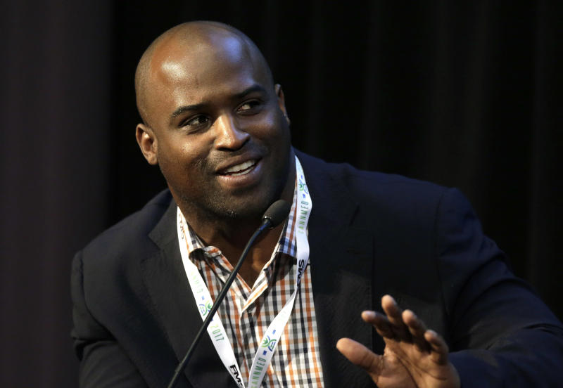 Former NFL football player Ricky Williams told CNBC he used astrology to determine he should invest in Bitcoin. (AP)