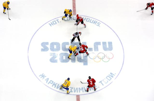 SOCHI, RUSSIA - FEBRUARY 23: Alexander Steen #20 of Sweden and Jonathan Toews #16 of Canada face off during the Men's Ice Hockey Gold Medal match on Day 16 of the 2014 Sochi Winter Olympics at Bolshoy Ice Dome on February 23, 2014 in Sochi, Russia. (Photo by Bruce Bennett/Getty Images)