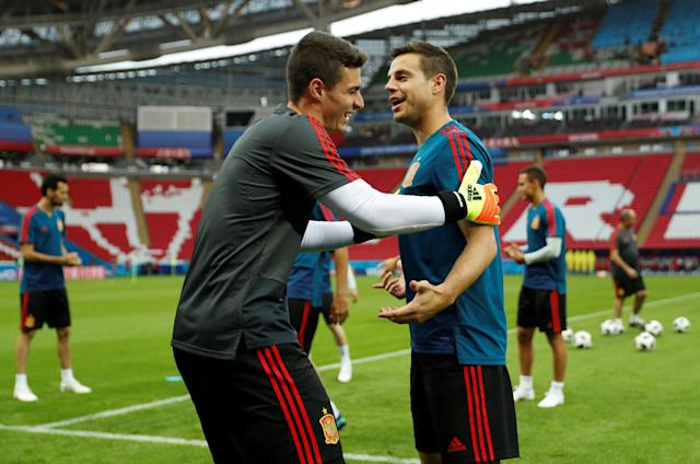 Soccer Football - World Cup - Spain Training - Kazan Arena, Kazan, Russia - June 19, 2018 Spain's Cesar Azpilicueta during training REUTERS/John Sibley