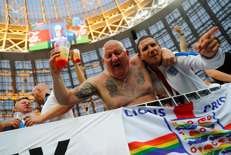 <p>England fans in full voice </p>