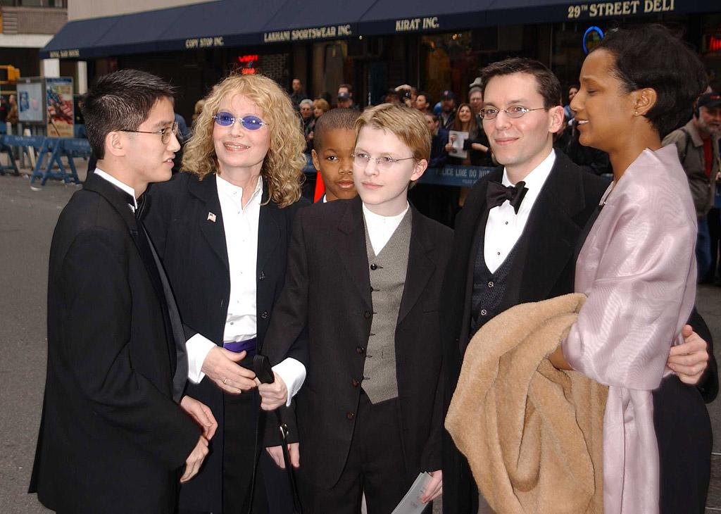 "The winner of the biggest celebrity brood is probably Mia Farrow, who has a staggering 15 children – four biological and 11 adopted. With second husband Andre Previn, the ""Rosemary's Baby"" actress had twin sons Matthew and Sascha, now 42, and Fletcher, 38, and adopted three daughters Lark (who died on Christmas Day 2008), Daisy, and Soon-Yi (who went on to marry her mother's boyfriend, Woody Allen, in 1997) between 1973 and 1978. With Allen, Farrow adopted son Misha, now, 34, and daughter Malone, now 27, and welcomed biological son Ronan in December 1987. As a single woman following her split from the director, Farrow went on to adopt another six children from 1992 to 1995: Tam (who died in 2000 at the age of 19), Kaeli-Shea, Frankie-Minh, Isaiah, Thaddeus, and Gabriel. That's a lot of kids!"