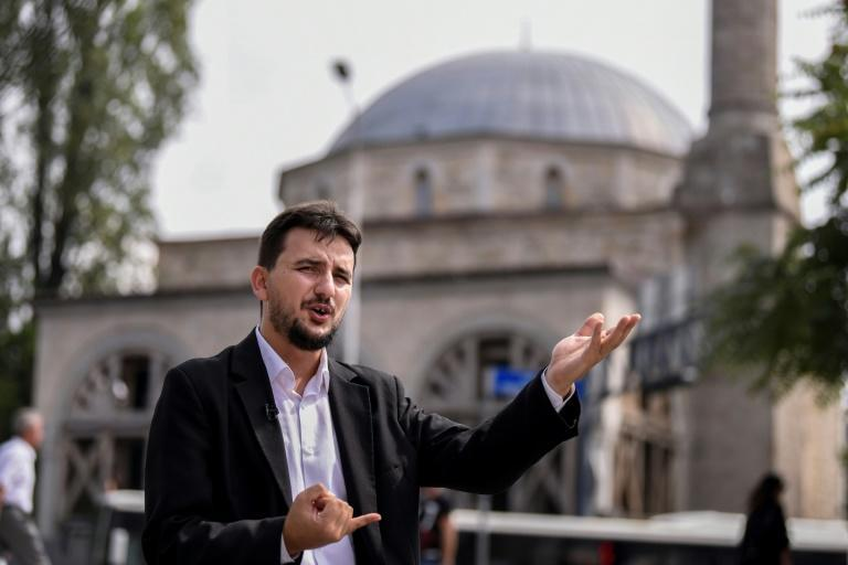 Darwin, Islam: Kosovo imam expelled for accepting both