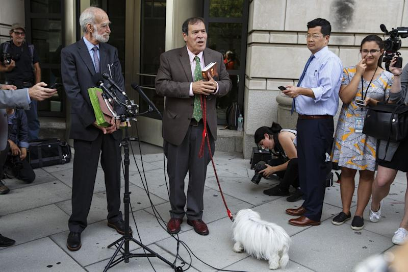 Roger Stone Ally Randy Credico, and His Dog, Face Mueller's Grand Jury