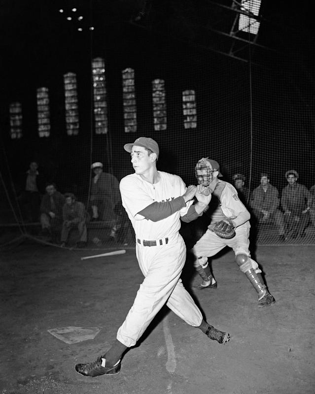 <p>Luis Olmo (1919-2017): In 1949, became first Puerto Rican to play in the World Series. </p>