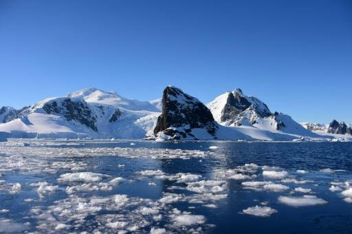 Greenland and Antarctica are shedding six times more ice than during the 1990s
