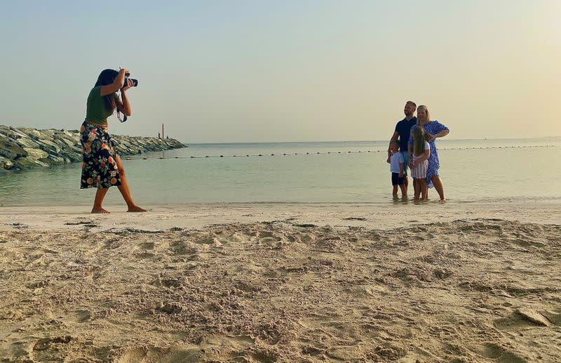 Goodbye Dubai: Photographer captures laid-off expat families as they leave