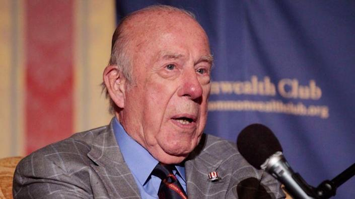 Former US Secretary of State George Shultz speaks alongside fellow Secretary of State Madeleine Albright at a gathering of the Commonwealth Club in San Francisco, Wednesday, July 14, 2010. (AP Photo/Marcio Jose Sanchez)