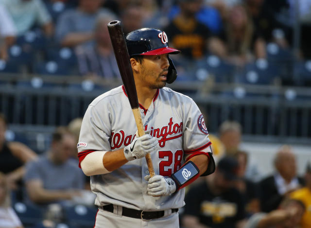 Kurt Suzuki had to leave the Nationals' winner-take-all Game 5 of the NLDS. (Photo by Justin K. Aller/Getty Images)