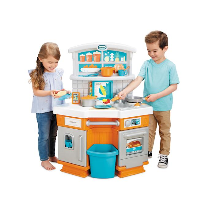 Little Tikes Home Grown Play Kitchen (Walmart / Walmart)