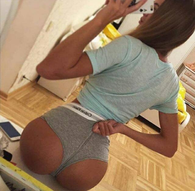 nude lady show personal parts to man free video