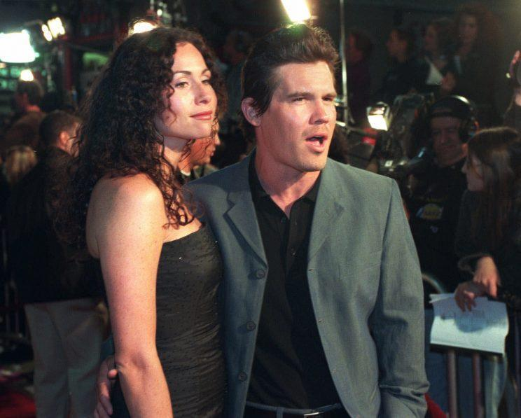 Minnie Driver and Josh Brolin never quite made it down the aisle. (Photo: AP Photo/Rene Macura)