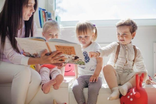 How To Make Storytelling a Daily Ritual For Kids
