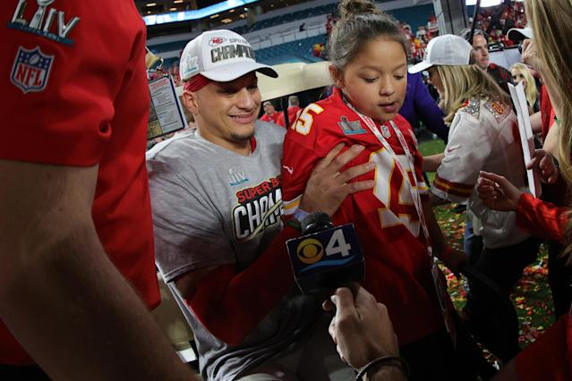 MIAMI, FLORIDA - FEBRUARY 02: Patrick Mahomes #15 of the Kansas City Chiefs celebrates after defeating San Francisco 49ers 31-20 in Super Bowl LIV at Hard Rock Stadium on February 02, 2020 in Miami, Florida. (Photo by Tom Pennington/Getty Images)