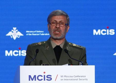 Iran displays domestically built mobile missile defence system