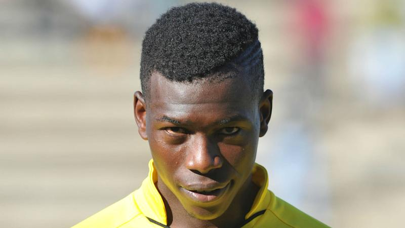 Kaizer Chiefs closing in on Zimbabwean defender Hadebe
