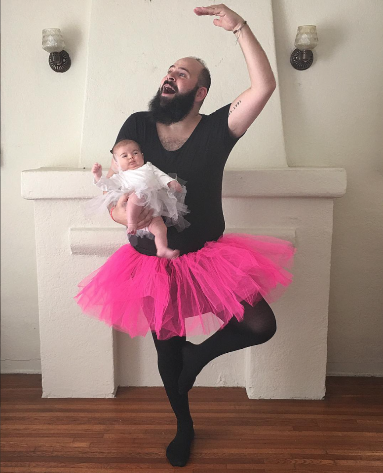 """<p>Dad and his """"Tiny Dancer."""" <i>(Photo: Instagram/sbsolly)</i> </p>"""