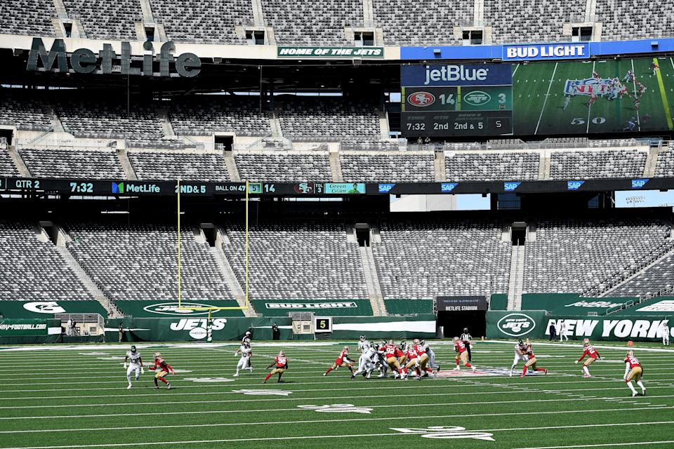 The San Francisco 49ers ripped the conditions at MetLife Stadium after a spate of injuries on the turf, including season-ending ACL tears for Nick Bosa and Solomon Thomas. (Sarah Stier/Getty Images)