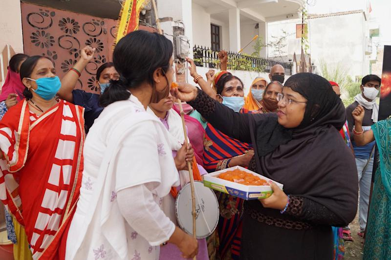 Varanasi: Members of Muslim Mahila Foundation celebrate after the verdict on Babri mosque demolition case by the special CBI court, in Varanasi, Wednesday, Sept. 30, 2020. (PTI Photo) (PTI30-09-2020_000150A)