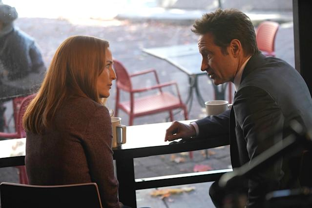 Anderson and David Duchovny in <em>The X-Files</em>. (Photo: Shane Harvey/Fox)