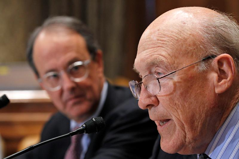 Erskine Bowles, left, accompanied by former Wyoming Sen. Alan Simpson, co-chairmen of President Barack Obama's bipartisan deficit commission, take part in a news conference on Capitol Hill in Washington Wednesday, Nov. 10, 2010.(AP Photo/Alex Brandon)